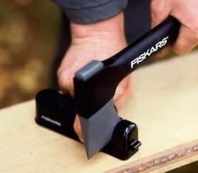 iskars-7861-knife sharpener